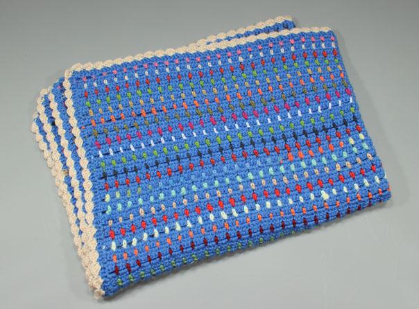 Manta de ganchillo para niños con restos de lana - costurea.es/blog/