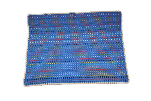 Manta de ganchillo para niños con restos de lana - Costurea Blog