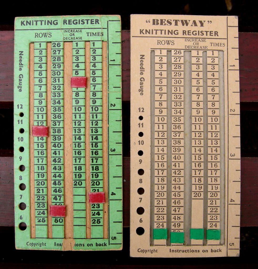 Gauge de la segunda Guerra Mundial para calcular una muestra de ganchillo o de punto