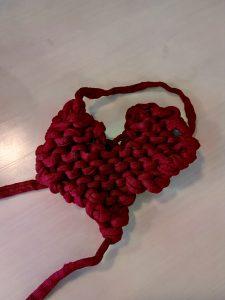 Corazones de lana DIY