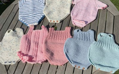 Petos de bebé: instrucciones para tejer el tuyo con éxito